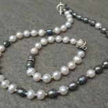 freshwater pearl black and white