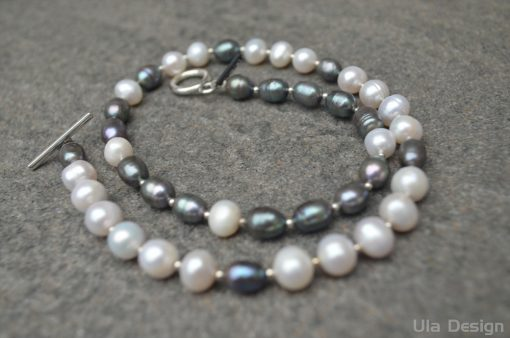 freshwater pearl black and white (5)
