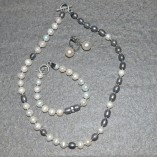 freshwater pearl black and whiteb