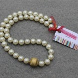 pearl and gold (1)